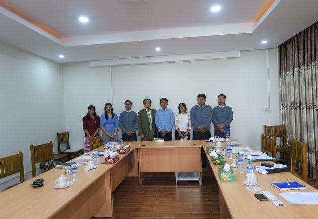 教育省 技術職業訓練局副局長 Dr. Nay Myo Tun氏との会議